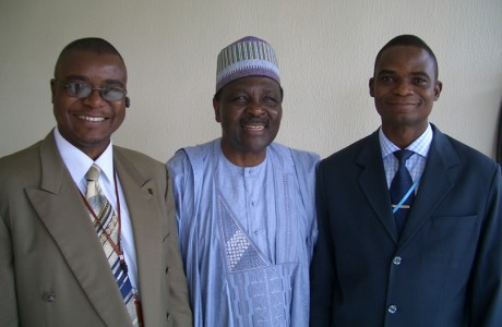 Tunde Ajala and Ola Ajala posed with Gen. (Dr.) Yakubu Gowon, President, Yakubu Gowon Centre and former Head of State, Federal Republic of Nigeria